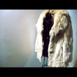 7bce34e767bd Jackets   Coats - White Off-White Cream Genuine Fur Coat